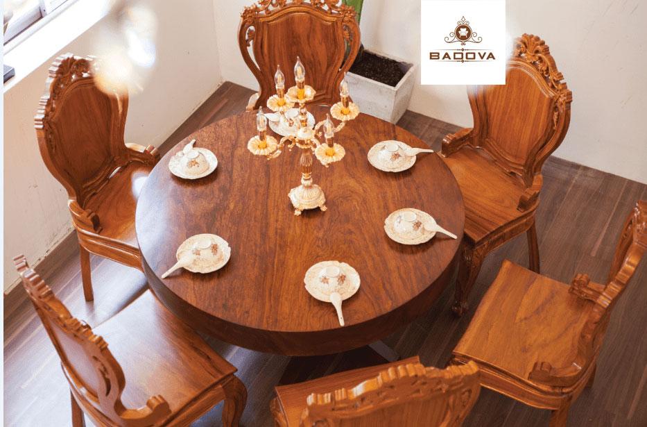 Mẫu bàn ăn gỗ tự nhiên nguyên tấm sẽ lên ngôi