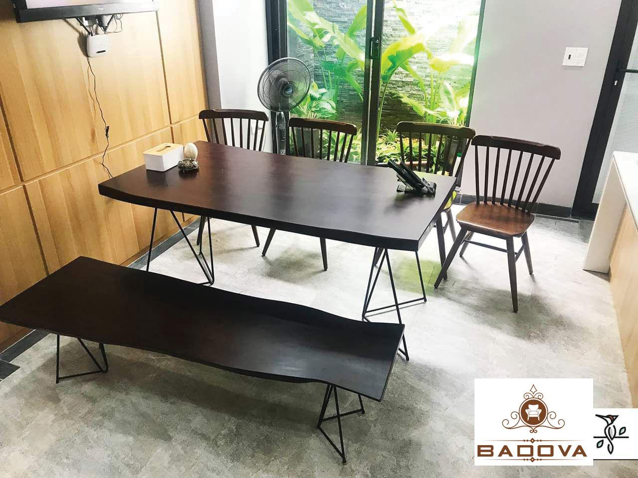 Bộ bàn ăn nguyên khối gỗ óc chó