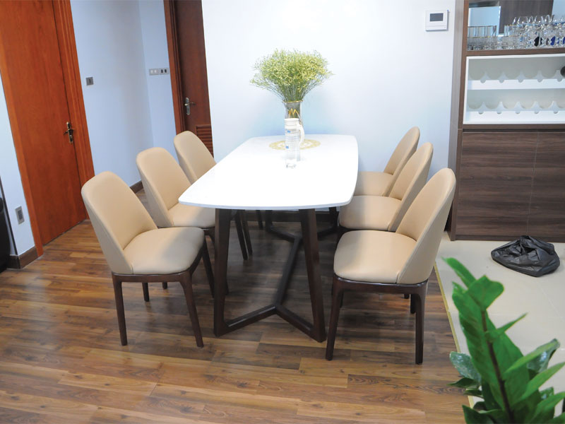 Mẫu 3: Bộ bàn ăn 6 ghế mặt đá cao cấp