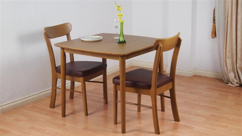 Mẫu 3: Mẫu bàn gỗ sồi tự nhiên 2 chỗ ghế bọc đệm mặt bàn phủ Nano 10*