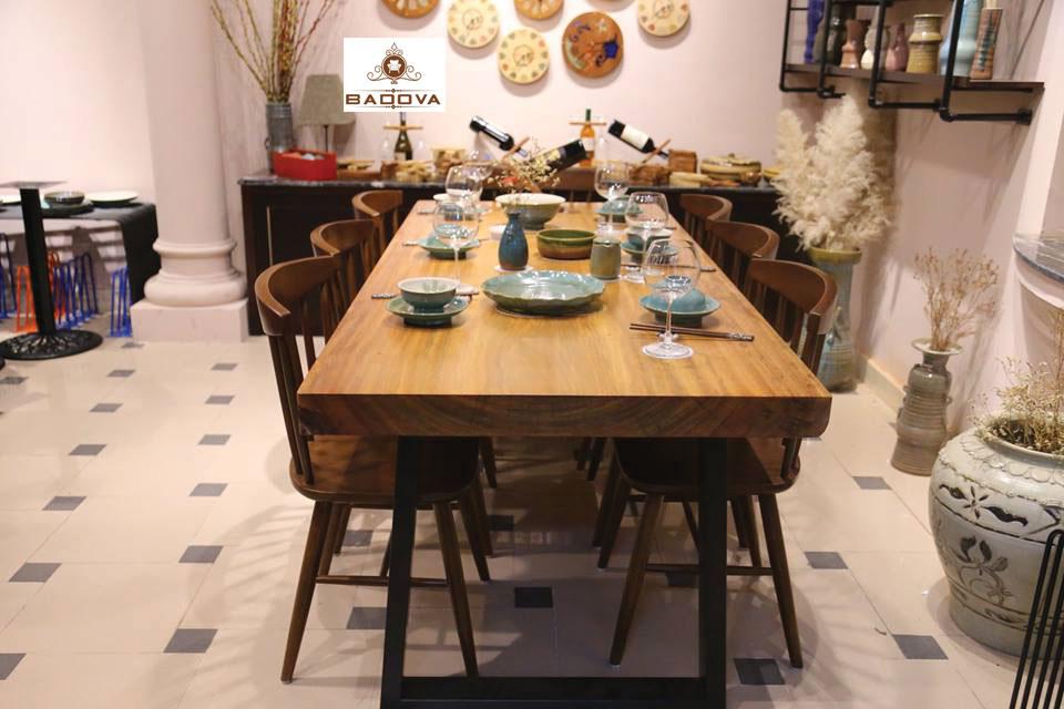 Bàn ăn gỗ sồi nguyên tấm 6 ghế Khung sắt
