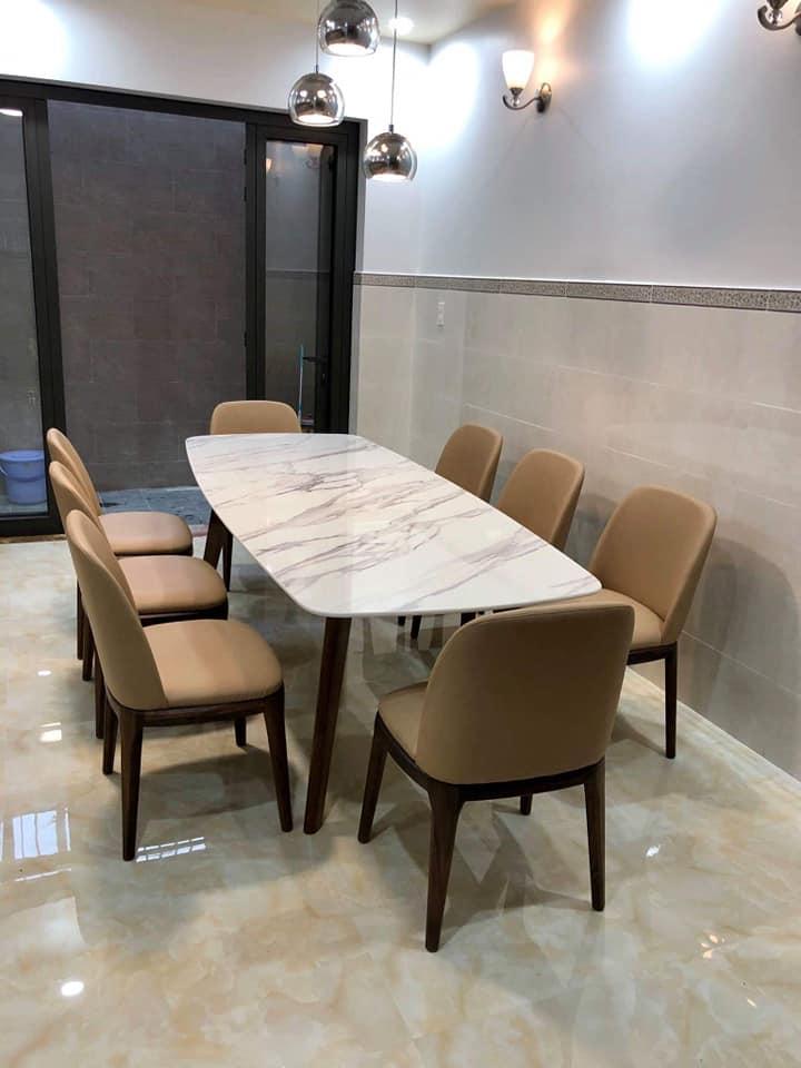 Giao bàn consoder 6 ghế ăn tới khách hàngGiao bàn consoder 6 ghế ăn tới khách hàng