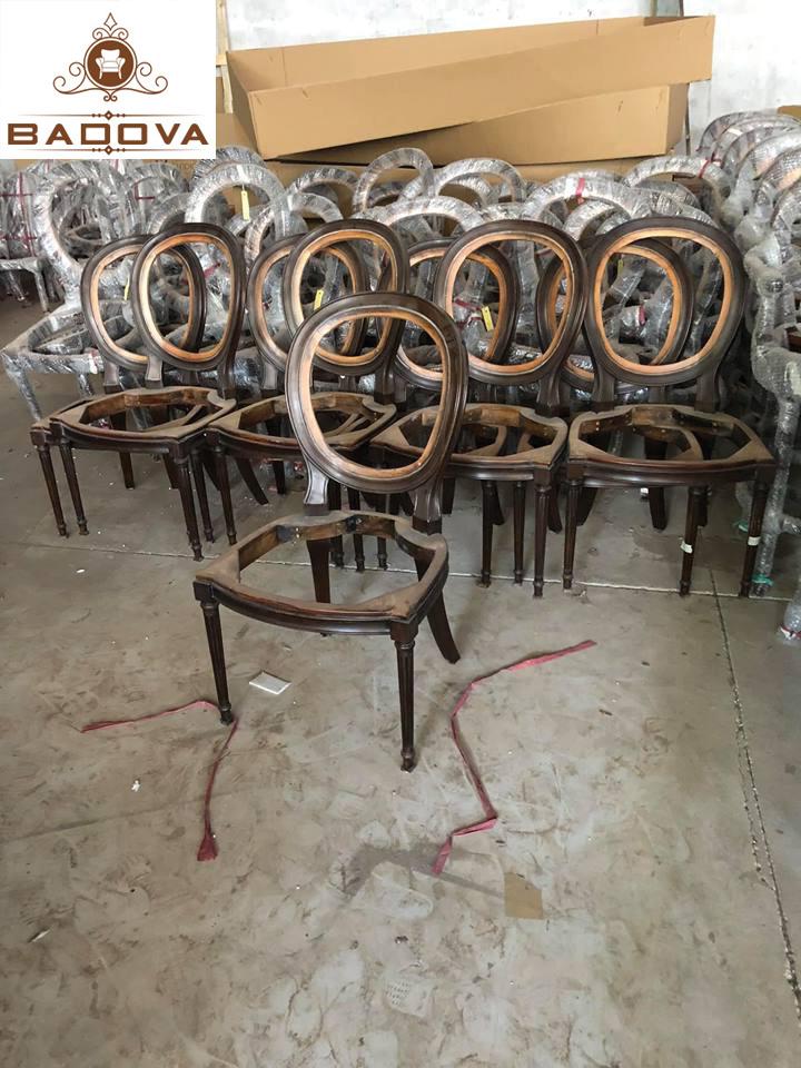 chất liệu bàn ghế nhà hàng