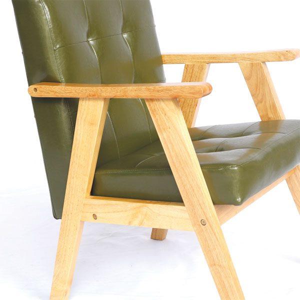 khung ghế sofa là gỗ cao su tự nhiên độ bền cao