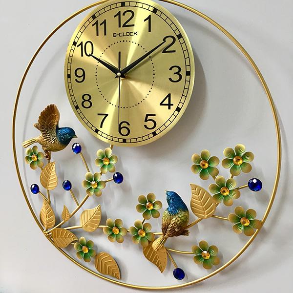 Hình ảnh chim và hoa sẽ làm cho không gian ngôi nhà thêm sống động và ngập tràn sức sống